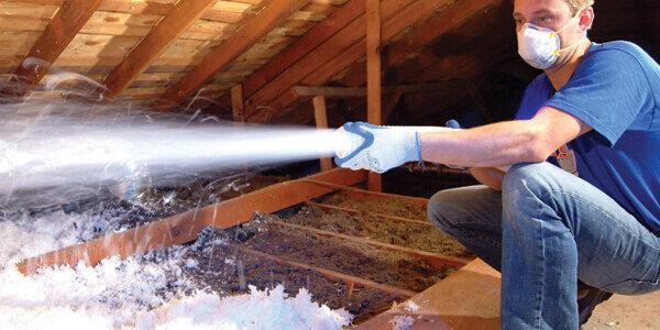 spraying_insulation-panorama.jpeg