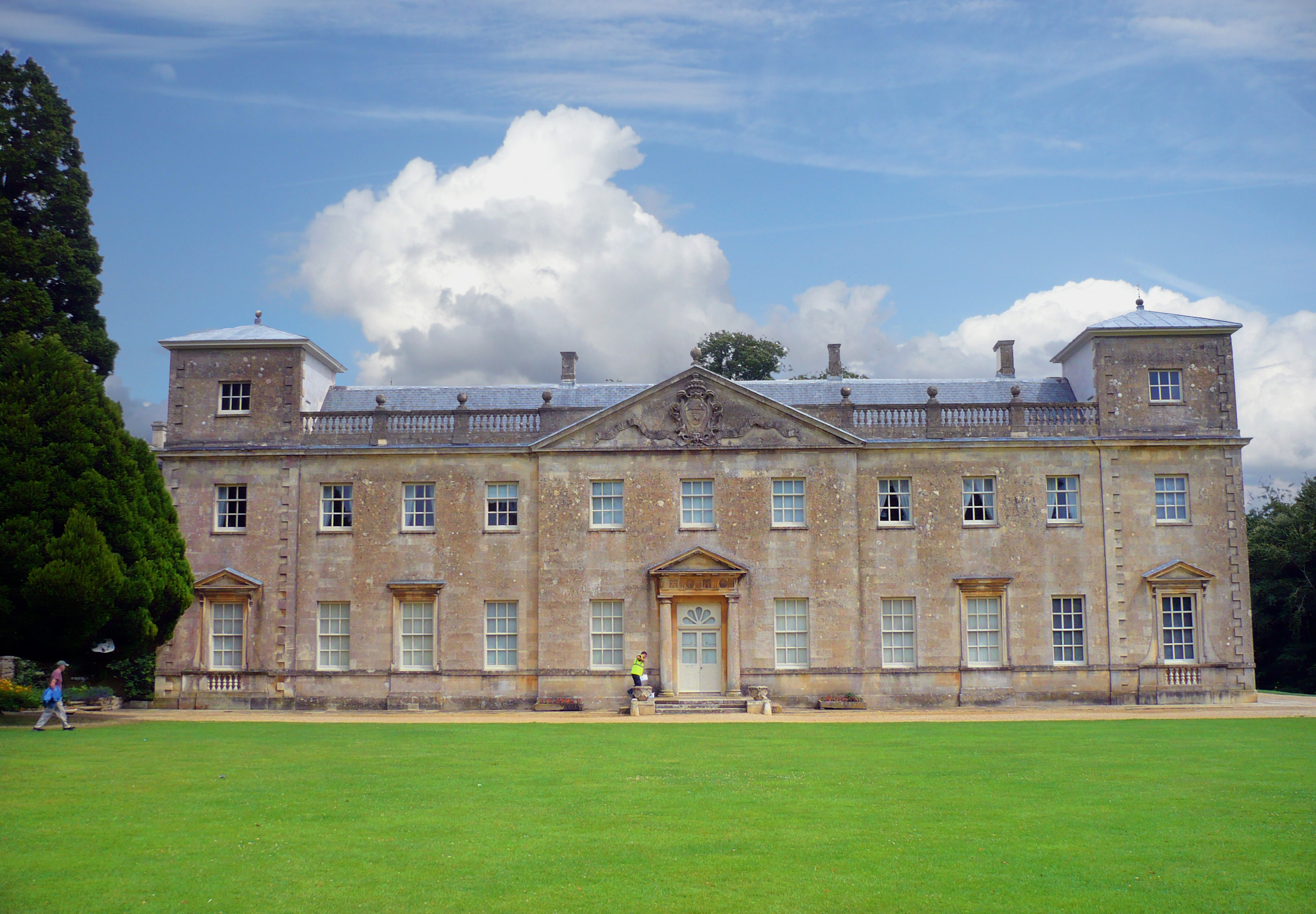 key_Lydiard_House__Swindon.jpg