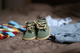 shoes-505471__180.jpg