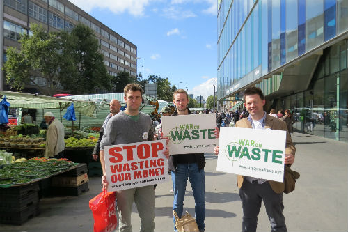The TPA head to Tower Hamlets for a War on Waste Action Day