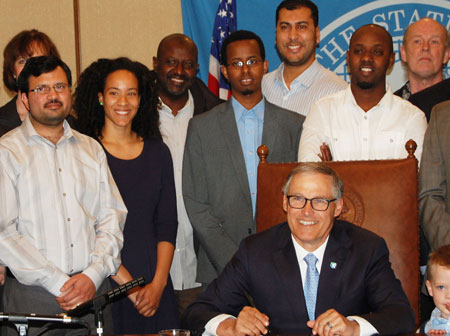 Governor-Signing-5550.jpg