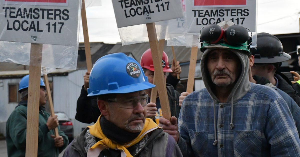 Teamsters at ICS win strong contract after long struggle Image
