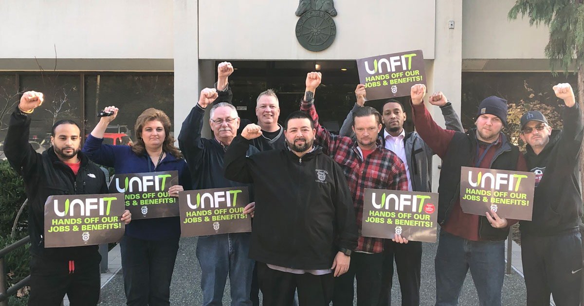UNFI unprepared to negotiate over severance for laid off Teamsters Image