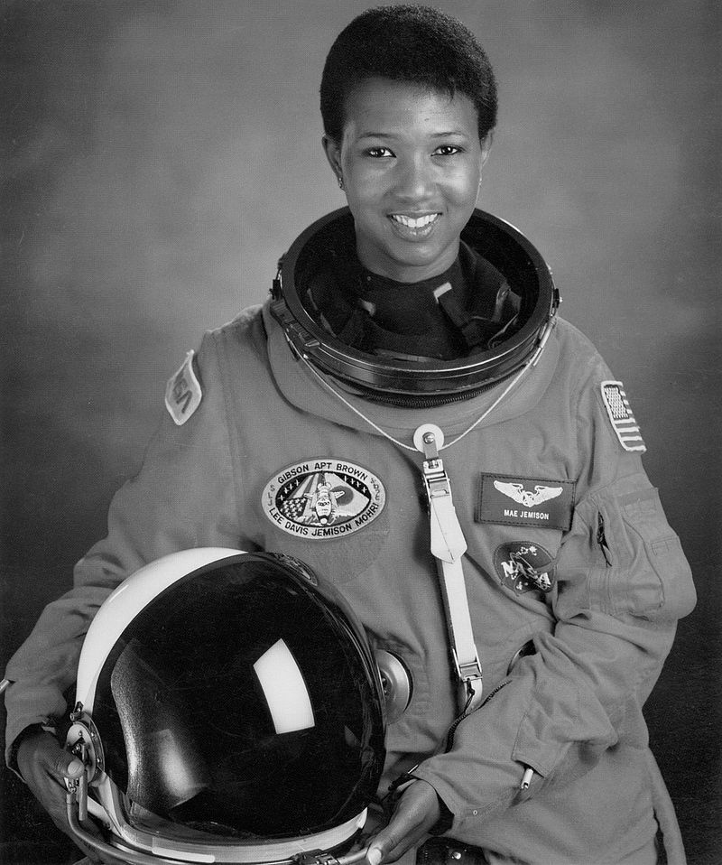 800px-Dr._Mae_C._Jemison__First_African-American_Woman_in_Space_-_GPN-2004-00020.jpg