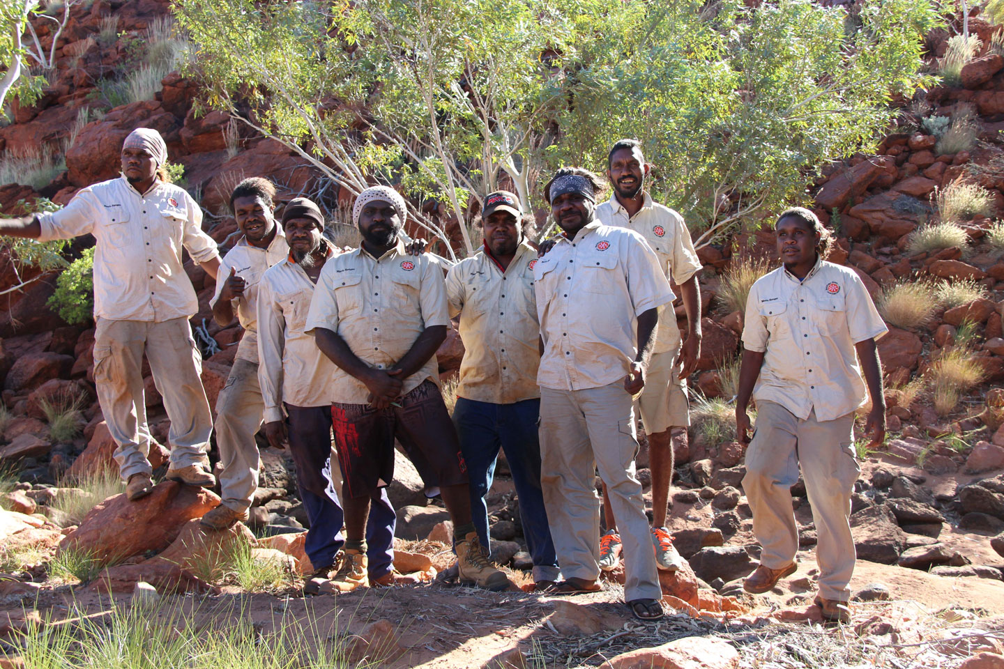 Jigalong-and-Parnngurr-Rangers.jpg