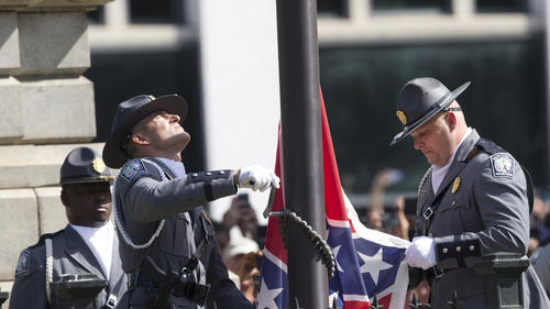 la-na-confederate-flag-removed-south-carolina--014.jpg