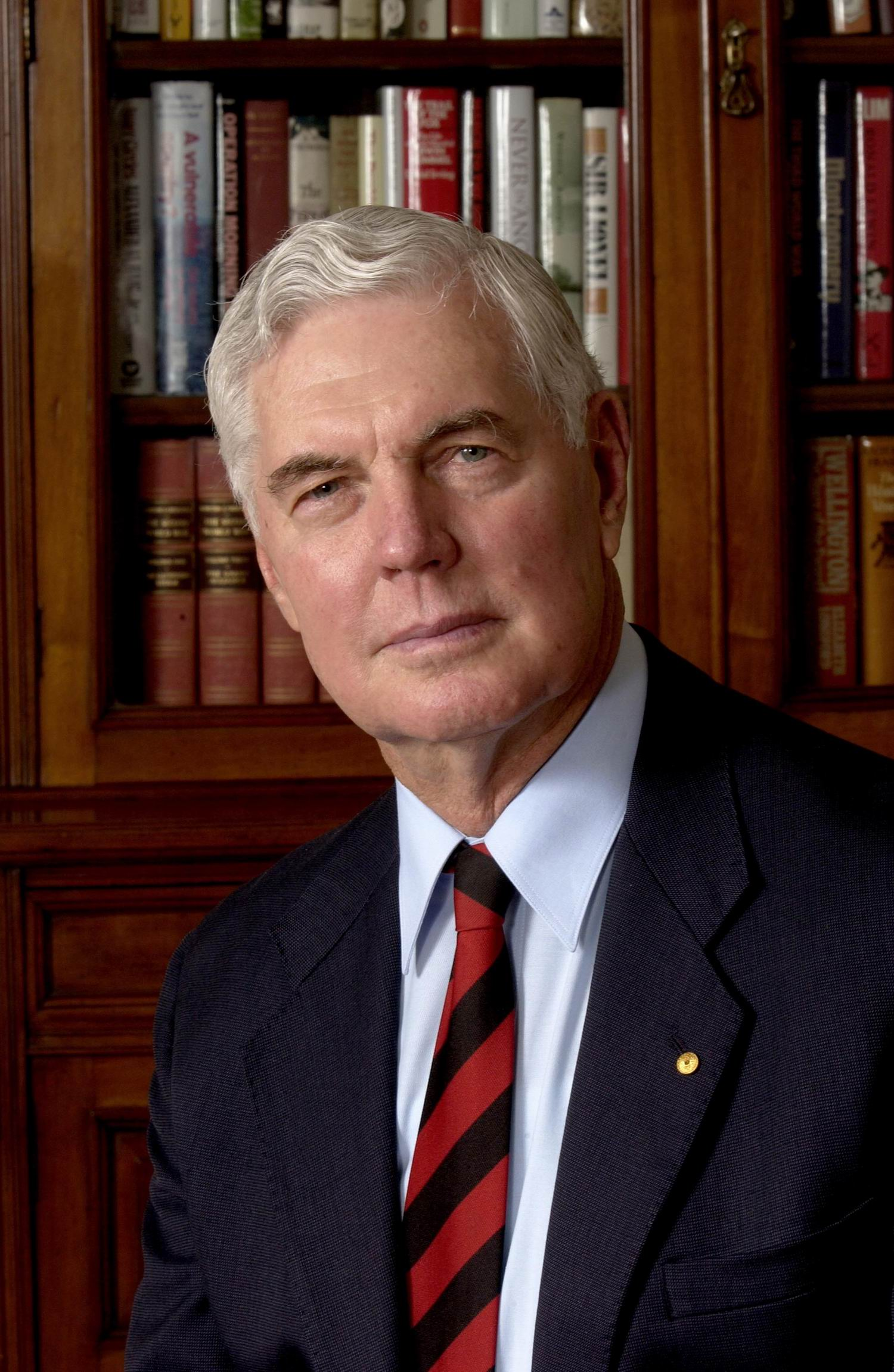 Major_General_The_Honourable_Michael_Jeffery.jpg