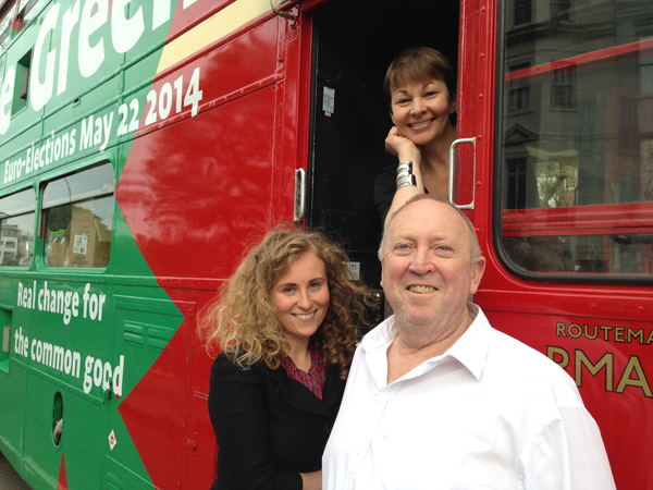 Caroline Lucas MP, Cllr Alexandra Phillips & Keith Taylor MEP with the Green Party Bus