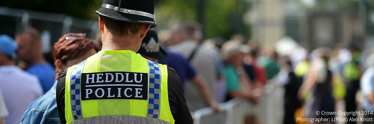 Swyddog yr heddlu | Police Officer | Image: © Crown Copyright 2014, Photographer: L(Phot) Alex Knott.