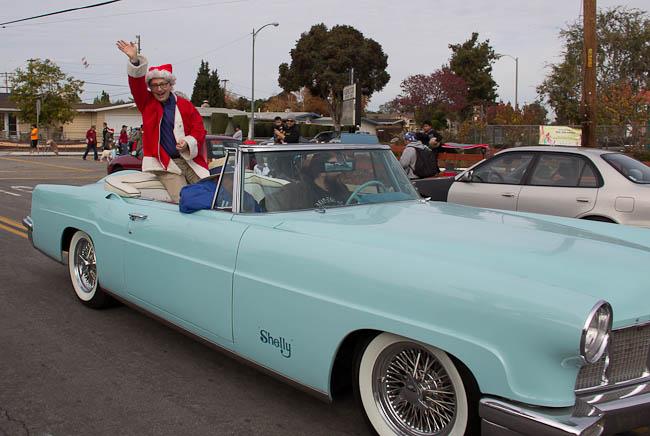 Lakewood holiday parade