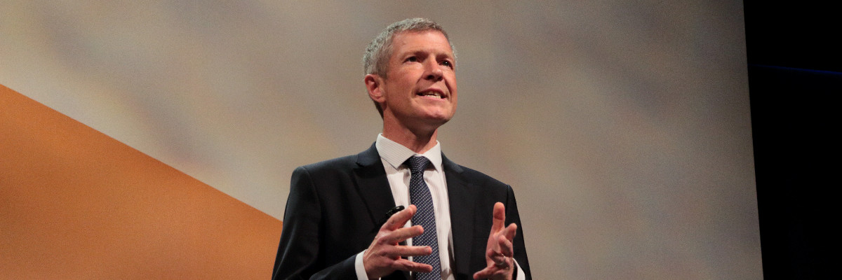 Willie Rennie speaks at Lib Dem conference.