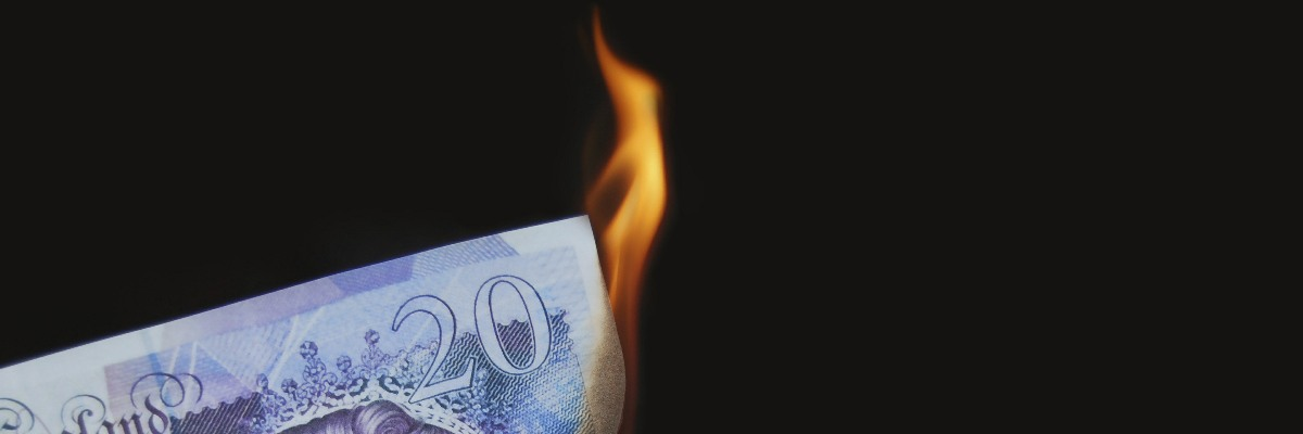 £20 note being burned