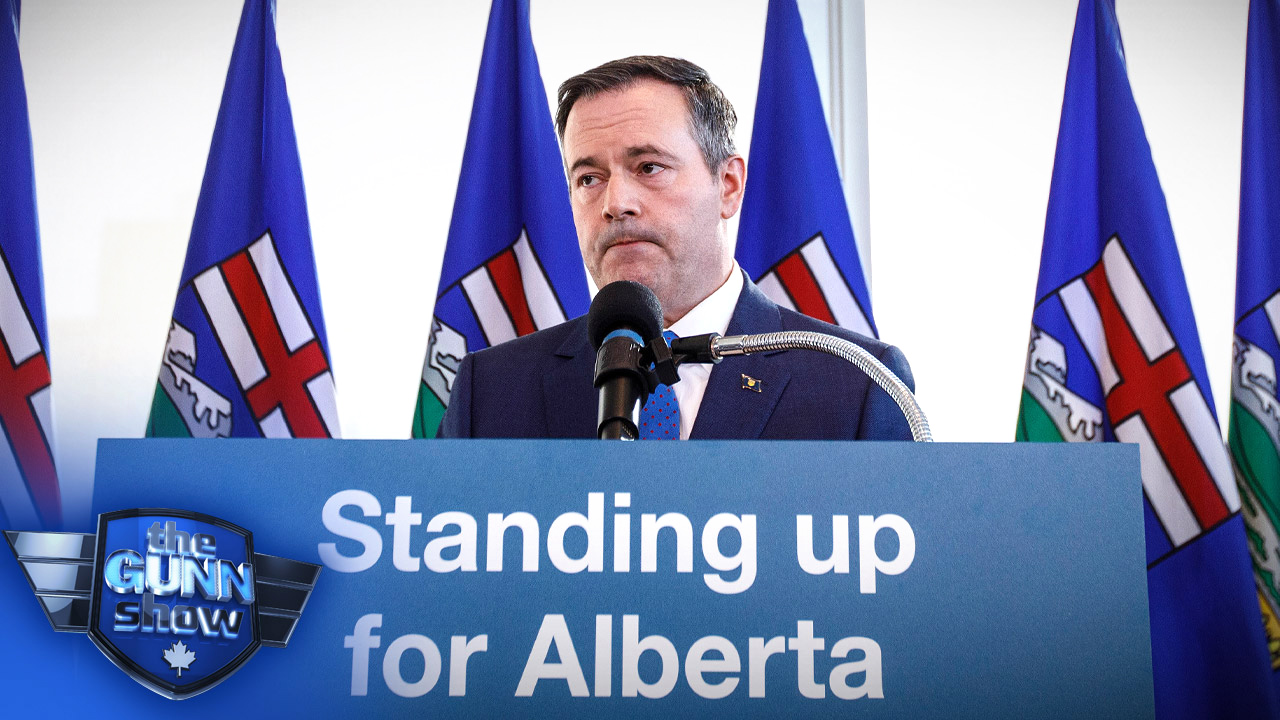 Canadian Association of Journalists take aim at Kenney's Energy Center