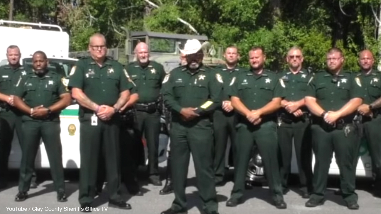 Florida sheriff plans to deputize legal gun owners against Antifa