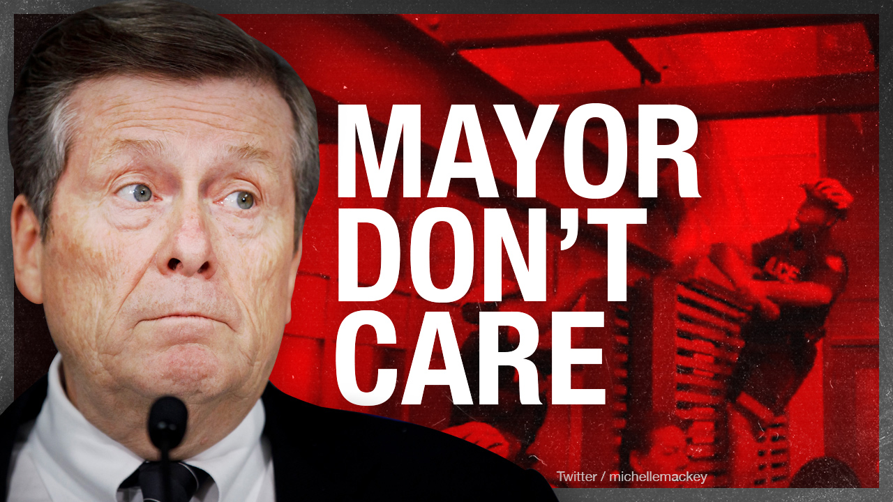 Toronto police protect mayor's condo from mob — City Hall still occupied by SJW squatters