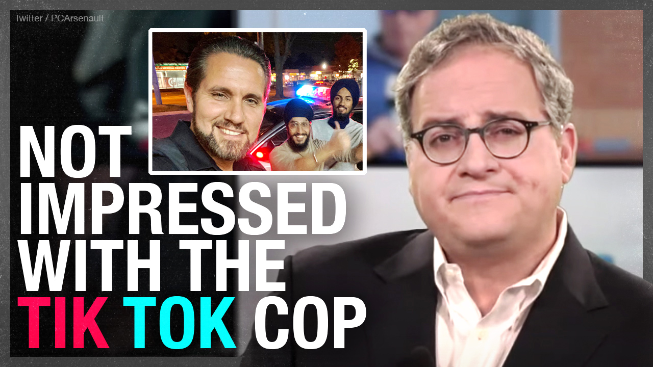 Toronto's 'Tik Tok Cop' follows Ezra on Twitter