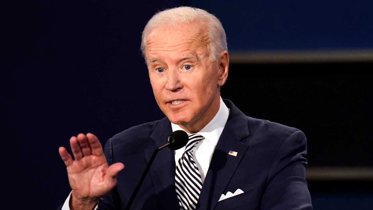 "Rittenhouse lawyer demands Biden retract ""false accusation that Kyle is a white supremacist"""
