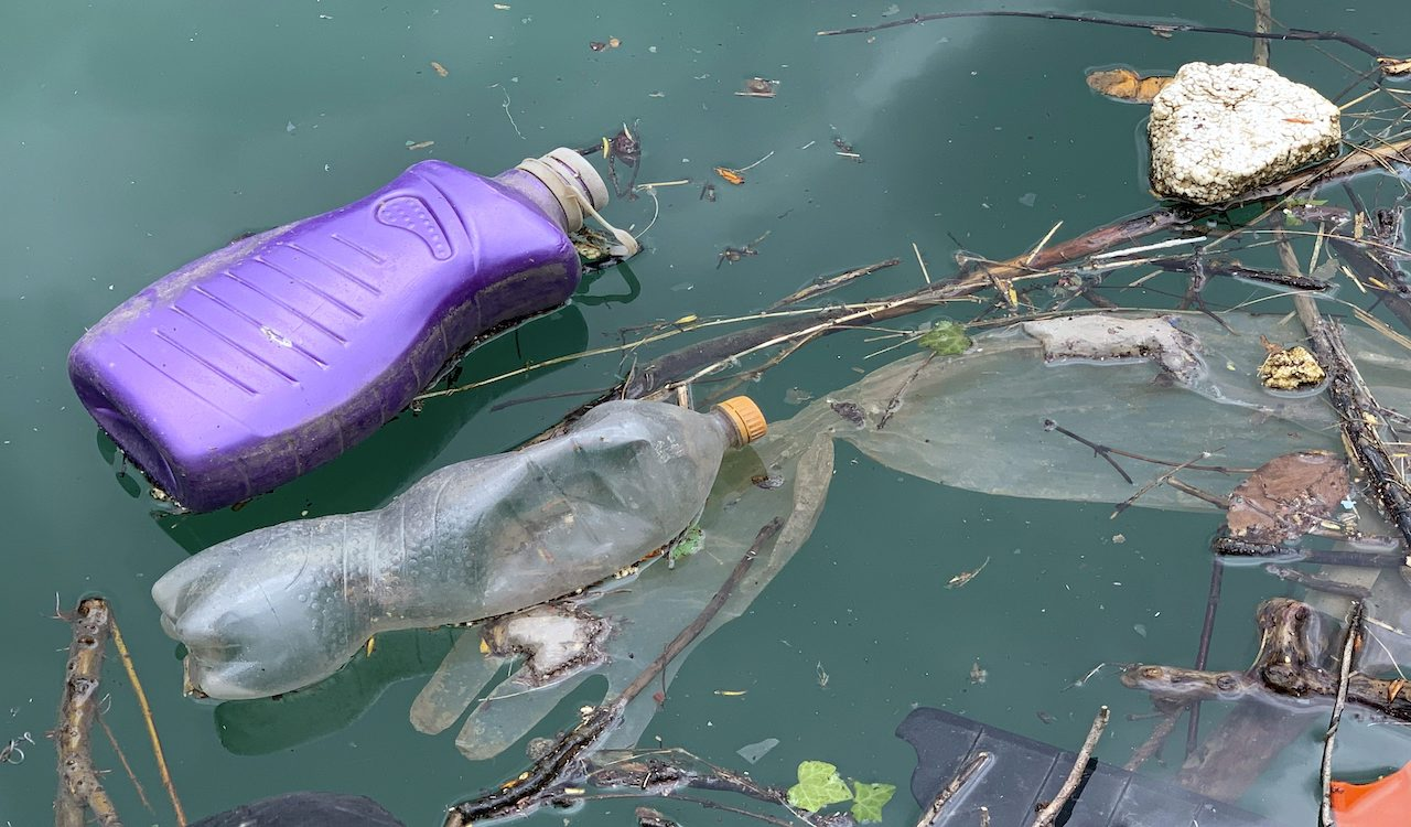 Canada only responsible for 0.4% of plastic marine litter