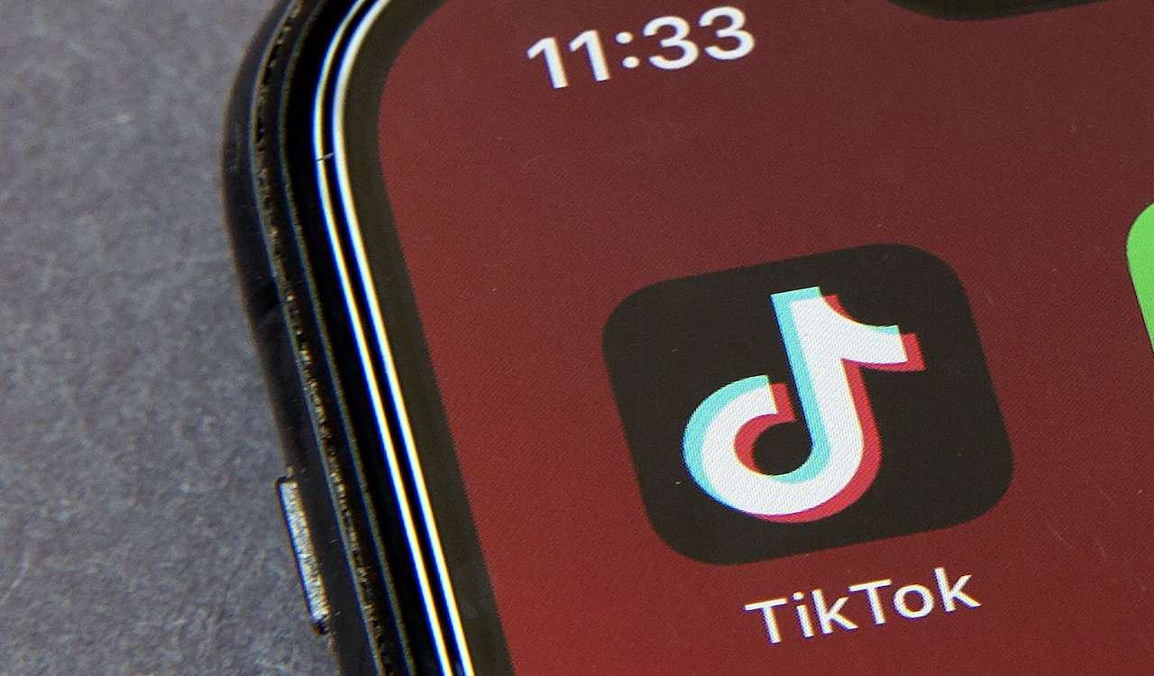 Anti-Trump Tik-Tok teens accidentally donate thousands to Trump campaign
