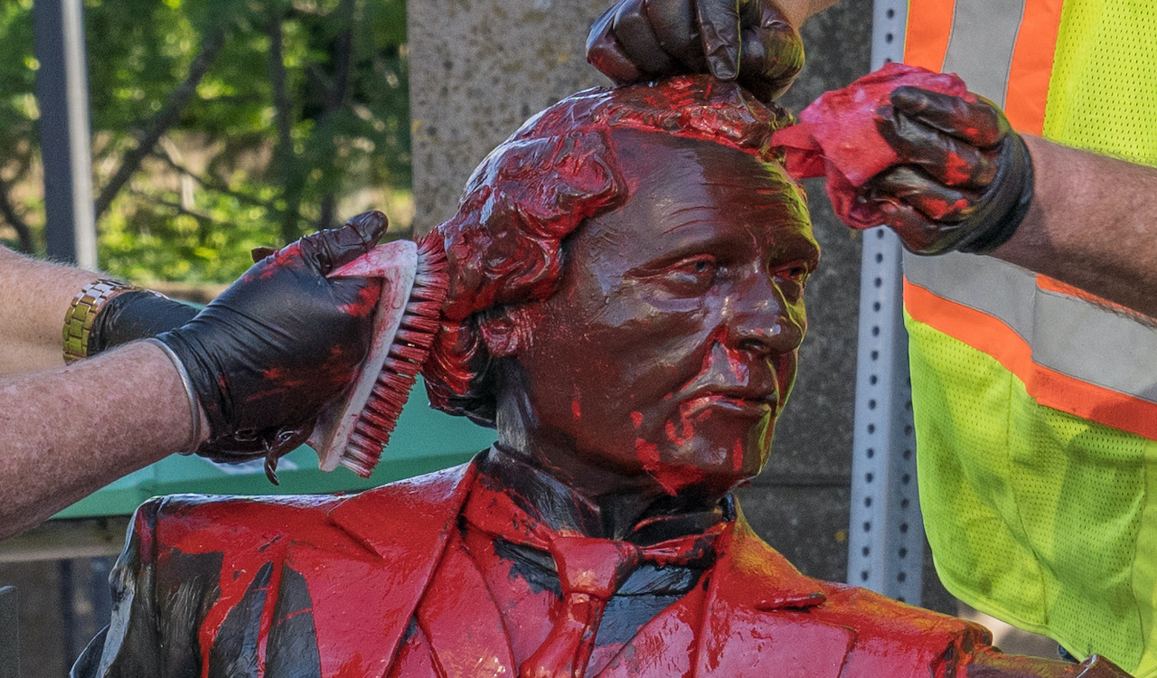 Sir John A. Macdonald statue vandalized in Hamilton, Ontario