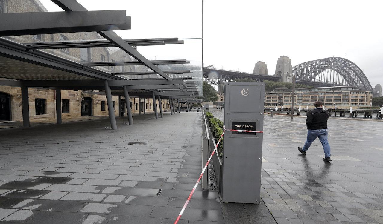 Australian 'circuit breaker' lockdown bans people from walking their dogs