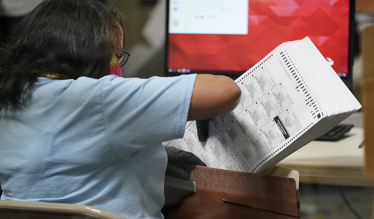 Report: Up to 288,000 mail-in ballots allegedly 'disappeared'