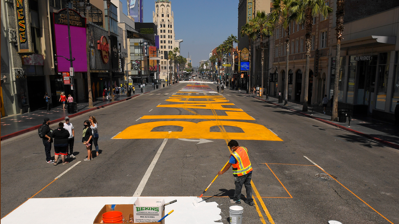 Hollywood Boulevard hit hard by pandemic, 75 per cent of businesses shut