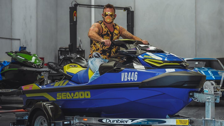 Melbourne Jet Ski Hire distances itself from gangland lawyer's husband