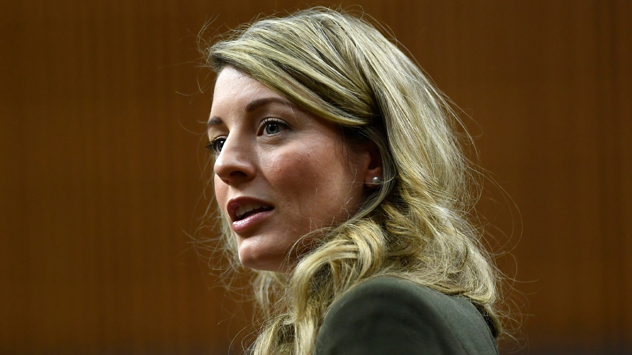 "Minister Joly ""never played any role"" in $42k awarded to boyfriend's company"