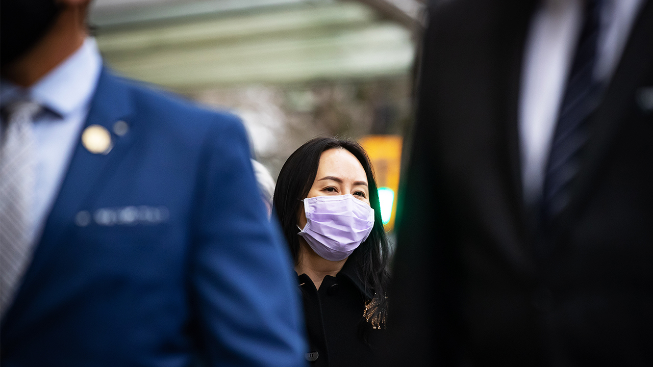 "Meng Wanzhou trial: 24/7 security puts Huawei CFO at ""increased risk"" of COVID"