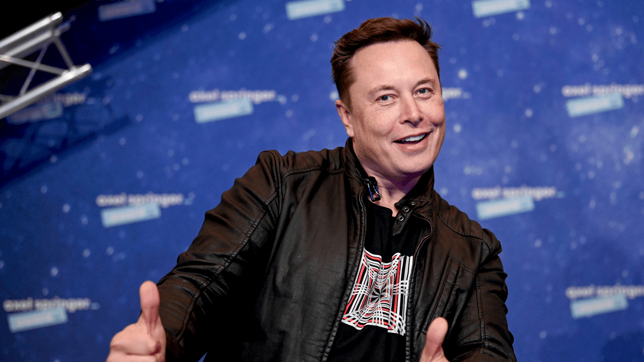Elon Musk tweet causes Bitcoin, Dogecoin to surge in value
