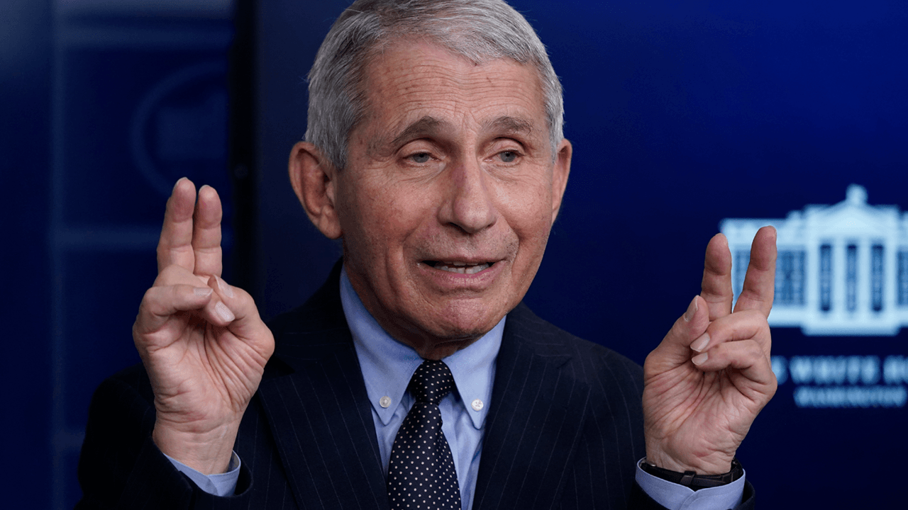 """Fauci: getting every teacher vaccinated before reopening schools is """"rather impractical"""""""