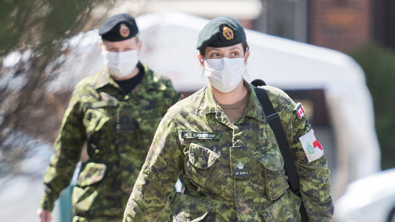 Feds gave expired gowns to military sent to long term care homes in Ontario