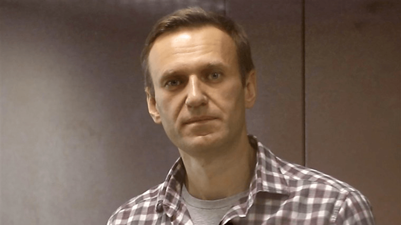 Russian opposition leader Navalny goes on hunger strike to protest prison treatment