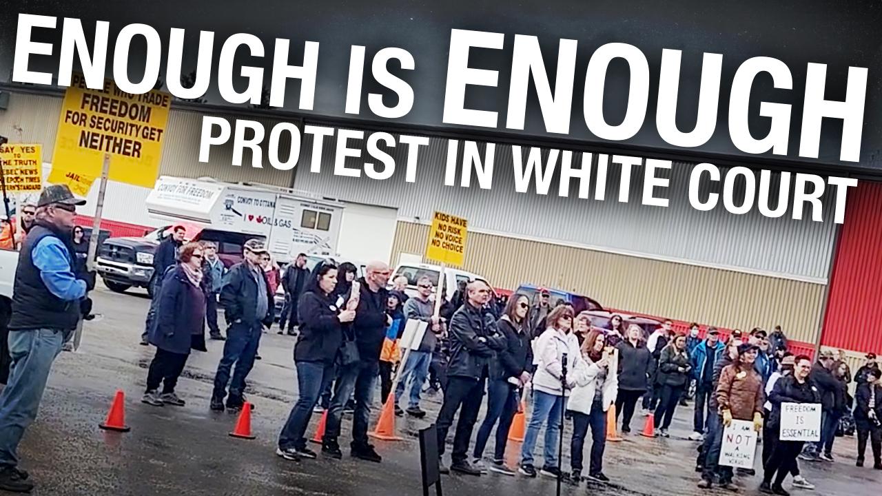 """Stop treating us like we're walking viruses"": protesters risk $1,200 fines in Whitecourt, Alberta"
