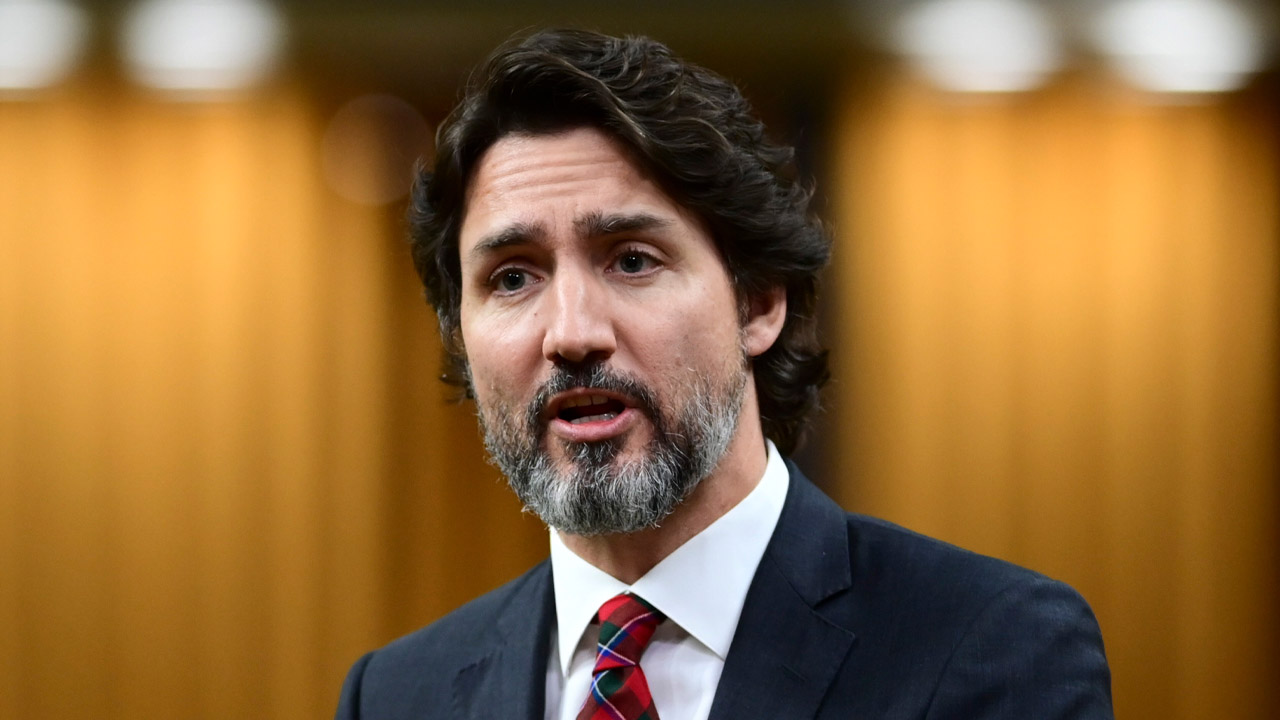 Trudeau's budget includes new legal support for asylum seekers