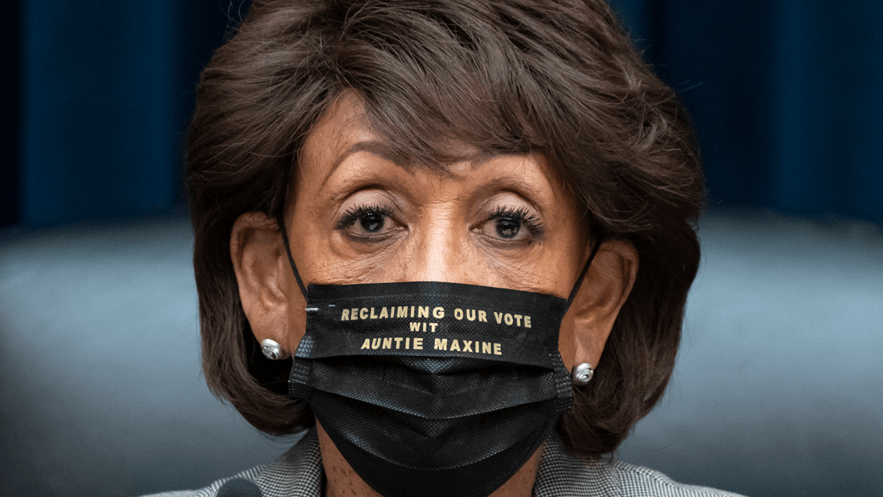 "Maxine Waters doubles down on ""get more confrontational"" comments in op-ed, compares Republicans to KKK"