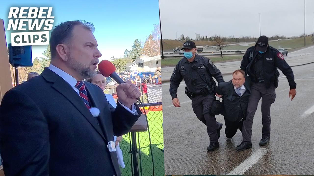 Why were police not connecting Pastor Artur Pawlowski with his lawyers?