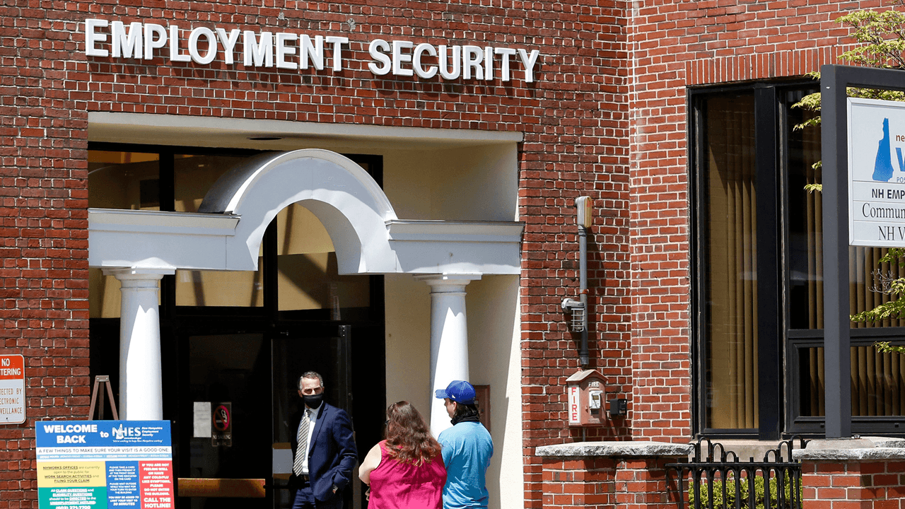 Five Republican governors reject federal unemployment benefits, say incentives to stay home are creating labour shortage