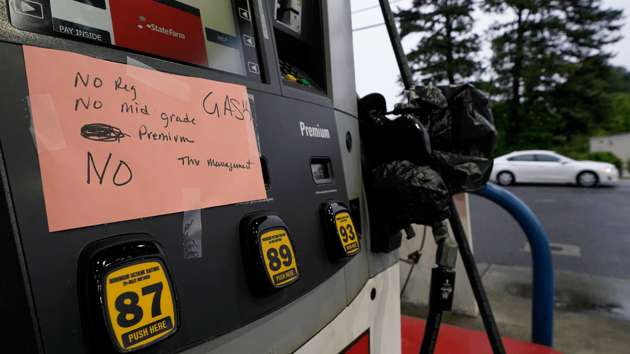 U.S. gas prices rise to highest levels in over 6 years amid ongoing shortage due to pipeline closure