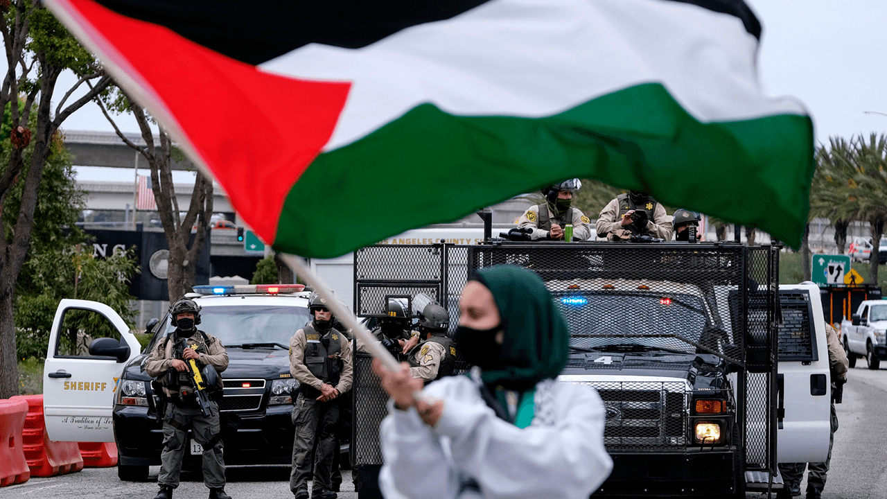 LAPD investigating Tuesday attack on Jewish men by pro-Palestinian caravan as possible hate crime