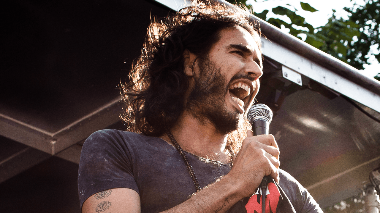 Russell Brand blasts Big Tech, Democratic Party for working to censor Hunter Biden story
