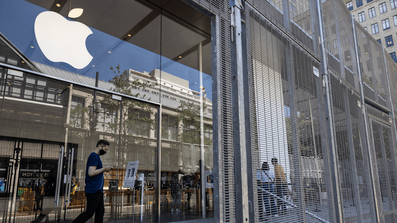 Apple plans to run its own healthcare service using device data, though plans have stalled: report