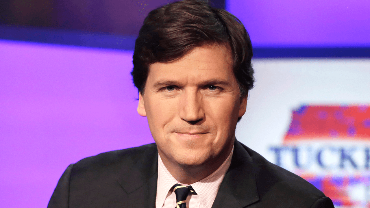 Tucker Carlson accuses Biden administration of spying on him while he attempted to set up Putin interview