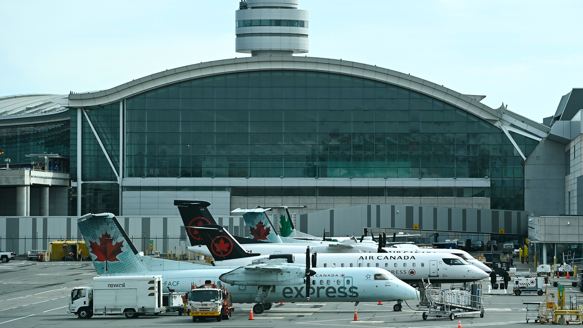 Canada's busiest airport begins separating vaccinated from unvaccinated arrivals
