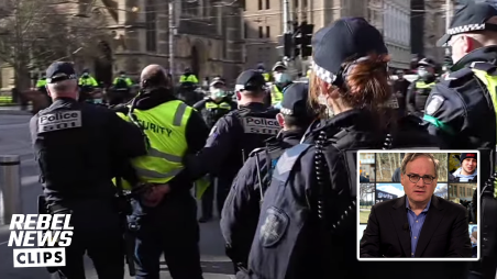Melbourne police arrest Rebel security for doing his job while Avi Yemini covers lockdown protest