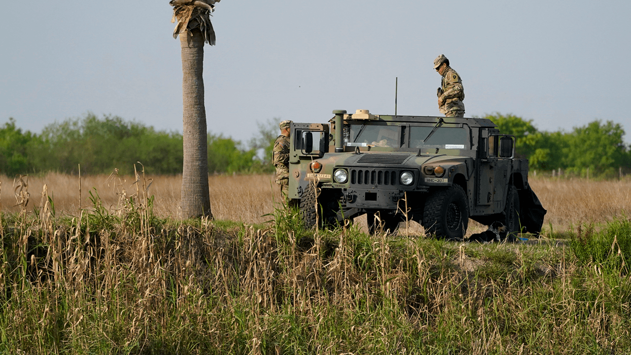 Texas National Guard ordered to help with arrests of illegal border crossers