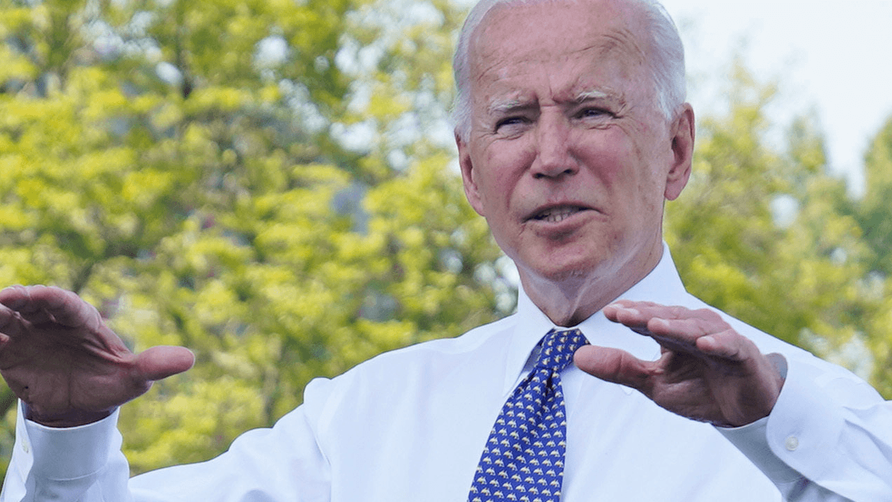Biden pushing for electric cars to make up half of American auto sales by 2030