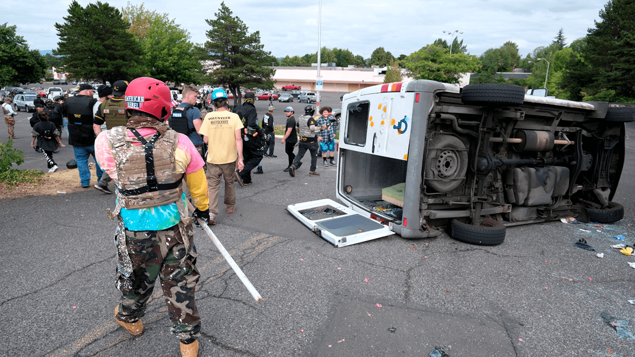 Violent clashes take place between Antifa, Proud Boys in Portland after right-wing rally