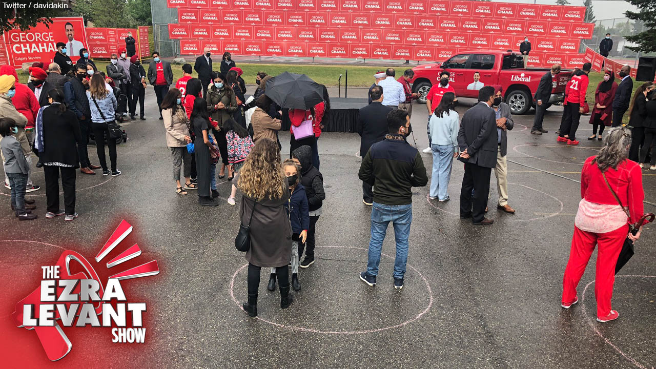 Trudeau campaign gets creative to hide small turnout at Calgary event